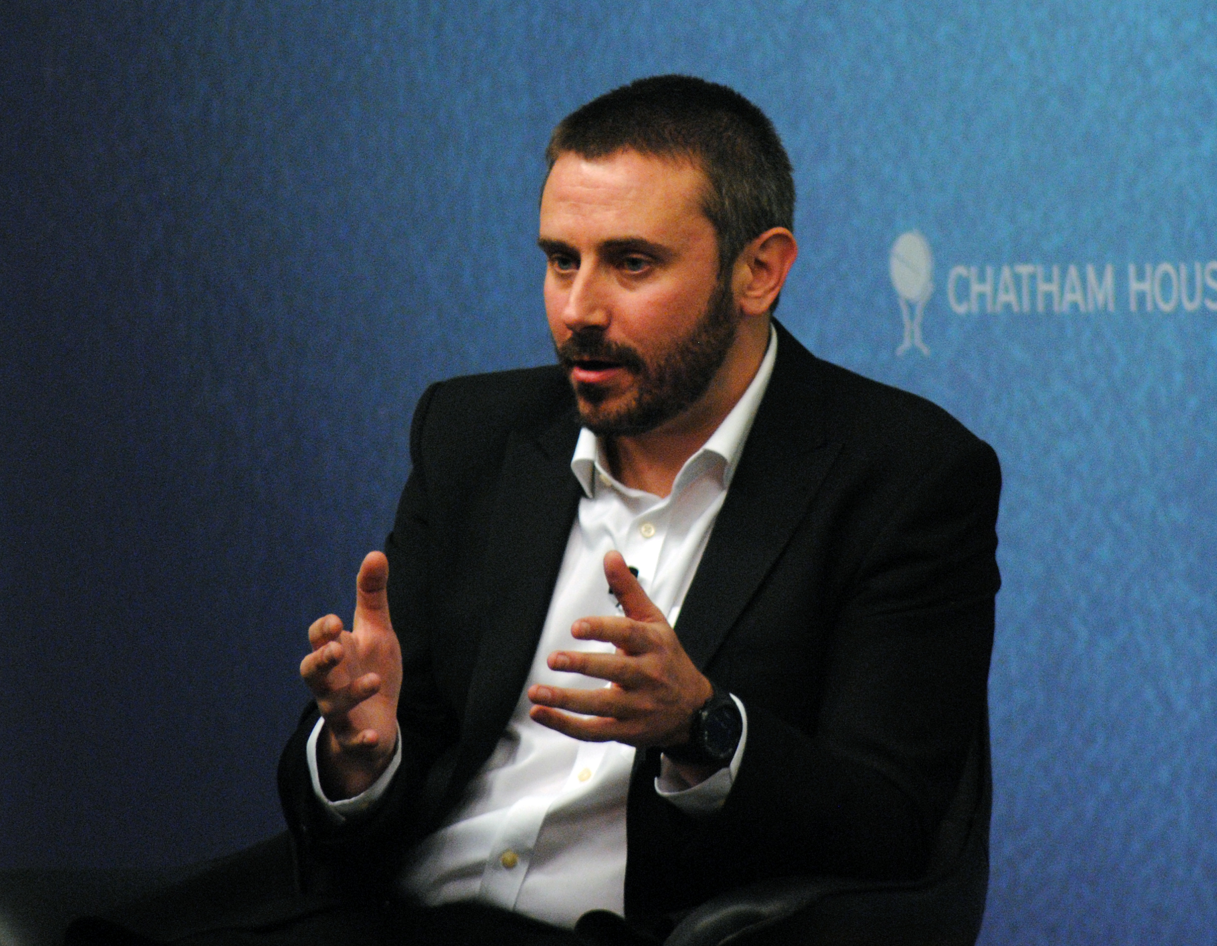 "Jeremy Scahill, National Security Correspondent, The Nation; Author, Dirty Wars at the Chatham House event ""Targeted Killings and Drones: A Global Battlefield"", 28 November 2013"